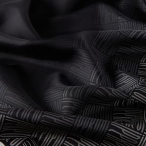 - Qufi Pattern Siyah Gümüş Tivil İpek Eşarp (1)