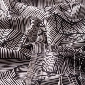 Siyah Ağaç Kabuğu Desenli İpek Şal - Thumbnail