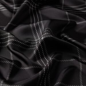 - Siyah Highlander Ekose Tivil İpek Eşarp (1)
