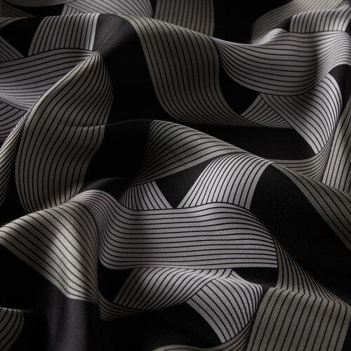 Siyah Kurdela Desenli Tivil İpek Eşarp
