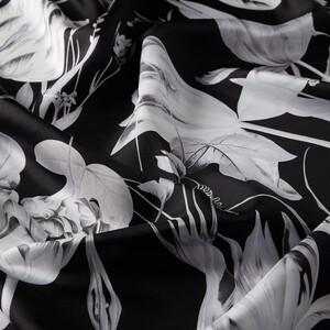 ipekevi - Siyah Melancholia Desenli Tivil İpek Eşarp (1)