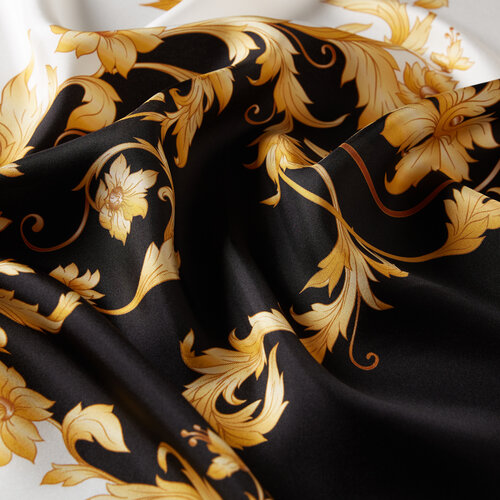 Siyah Rococo Tivil İpek Eşarp Model 01