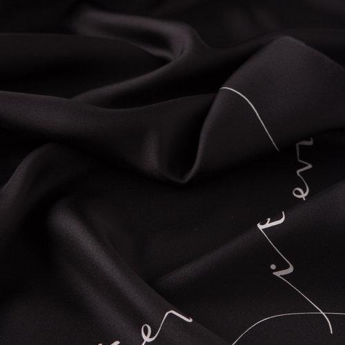 Siyah Signature Tivil İpek Eşarp