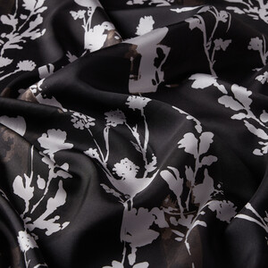 - Siyah Vintage Silhouette Desenli Tivil İpek Eşarp (1)