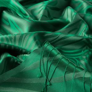 Zümrüt Yeşili Zebra Jakar Desenli İpek Şal - Thumbnail